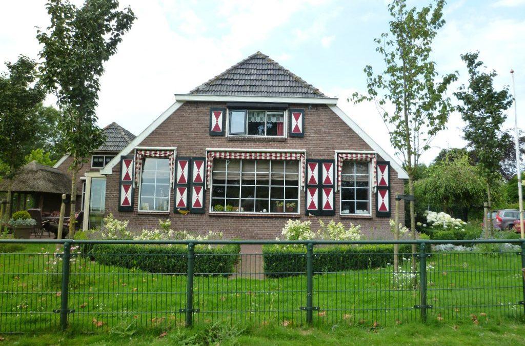 VERKOCHT: Woonboerderij aan de Zalkerdijk 22 te Zwolle